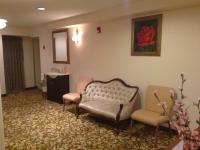 westwood-mikvah-waiting-room